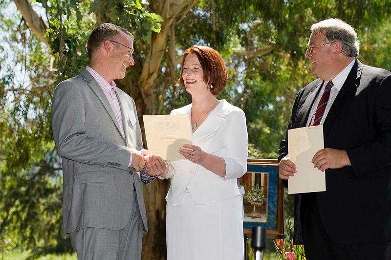 800px-Australia_Day_Citizenship_Ceremony_2011_(5475800868)
